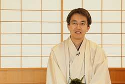 【悲報】天才将棋棋士の羽生さんの年収が一年で700万円もダウン