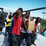 ハイチに千羽鶴を贈ろうとした女性のサイト閉鎖 ハイチで鶴は「悪魔の化身」
