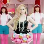 日本好きのアヴリル・ラヴィーン、「Hello Kitty(ハロー・キティ)」のPV公開・・・海外ファンの間で賛否両論