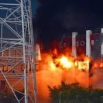【画像】秋田市でパチンコ店が爆発炎上 負けた客の腹いせか?