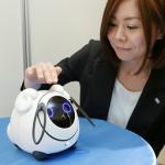 【画像】タカラトミーとドコモ、クラウド型対話ロボット「OHaNAS」開発