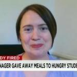 小学校の食堂職員、貧窮の生徒に給食を与えて解雇される 米国