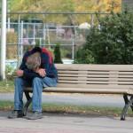 惚れた男が極貧だったら・・・「諦めて次の男を探す」7割弱