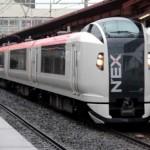 電車に乗り込む修学旅行生の列の途中、ドア閉まる…JR東日本謝罪へ