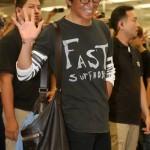 【台湾】「韓流スターとは違う」 ロケ弁を食べるキムタク、気さくな態度に賞賛の声
