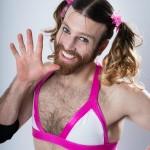 【画像】例のプールでグラビア撮影した「髭少女」レディビアード レジン製キットが速攻で売り切れ