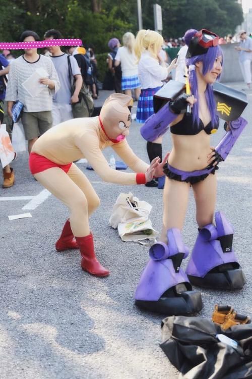 ゆでたまご先生激怒!キン肉マンのコスプレをした人が女性レイヤーにセクハラ行為で問題に