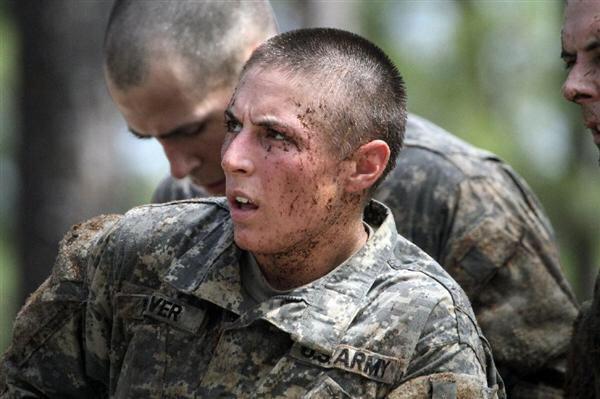 【画像】アメリカの女兵士たちwwwww
