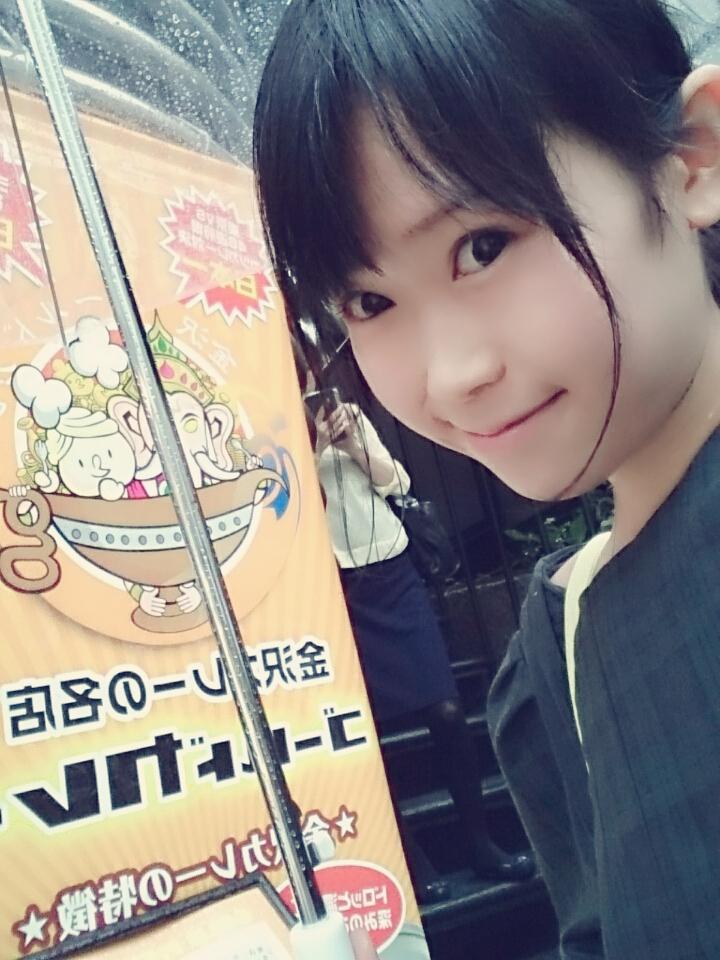 【画像】大食いタレントのおごせ綾さん、金沢カレー「ゴールドカレー」の4kgカレーを完食