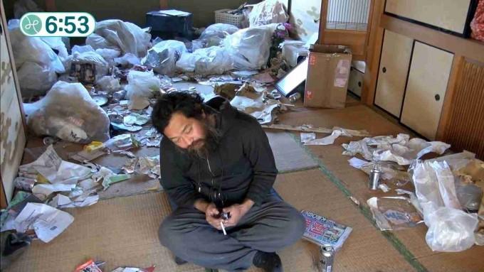 野村貴仁、家が荒れた理由を告白「誰かが勝手に家にゴミを捨てていく」
