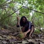 【画像】日本人女性(22)、無人島でサバイバル 「人付き合いが苦手」