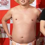 """【週刊文春】とにかく明るい安村が""""パンツを脱いだ""""浮気現場を直撃!"""