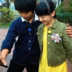芦田愛菜さん、加藤清史郎さんに抱かれて女の顔に