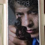 ジャニオタ、画面割れたiPhoneを画期的手法で誤魔化す