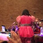【画像】ももクロのピンクの背中wwwwww
