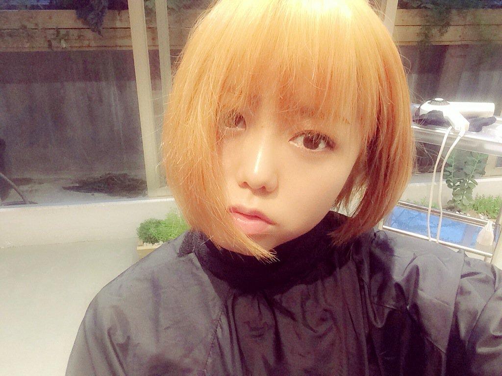 【画像】峯岸みなみ(23)、可愛い金髪美女になる