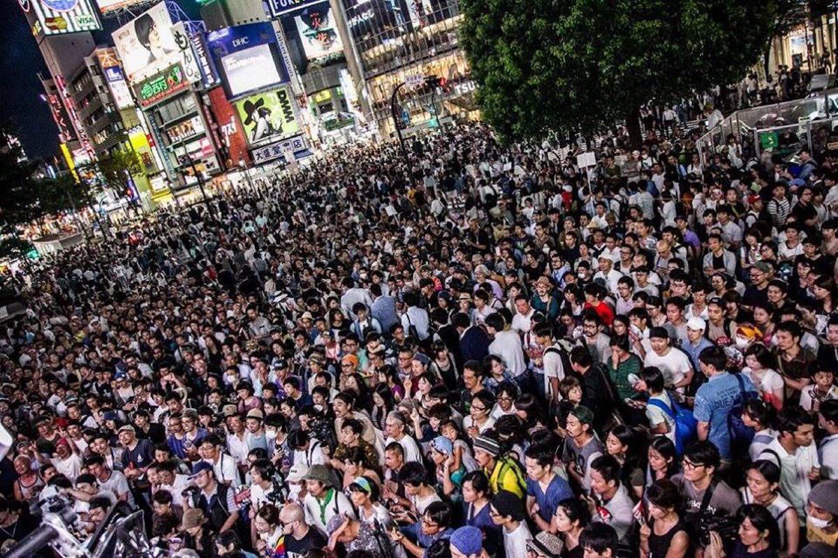 【画像】東京選挙区の三宅洋平って候補者が若者に大人気wwwww 演説をすればフェス状態に