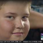 【動画】野球観戦中にずーっとカメラ目線を絶やさない少年がジワジワくると人気に