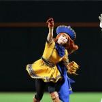 【画像】アリーナ姫(31)の始球式wwwwww