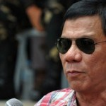 フィリピン大統領「麻薬やってるやつ大量に処刑した」 市民「やめろ」 大統領「でも公約だから・・」