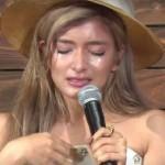 ローラ、フルボッコにされてインタビュー中泣きだす