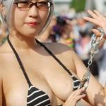 【画像】コミケに痴女コスプレイヤー登場