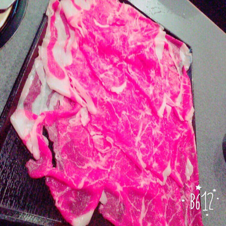 【画像】ま~んが肉を撮った結果wwwww