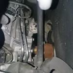 「猫が車のエンジンの中に入ってるかも」 車体内部の猫の存在を教え事故を防いでくれた匿名のメモ書きが話題に