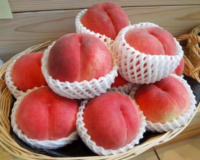 BBA「桃を試食、旨っ!どこ産かしら?ふ、福島ァ!?ヴエッ!(ゲロゲロゲロゲロ」