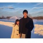 【悲報】紺野あさ美アナ、ヤクルト・杉浦との2ショット写真にクソみたいな加工をしてしまう痛恨のミス