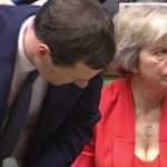 【熟女】イギリスのメイ首相が好みの奴wwwww