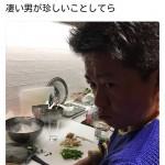 堀江貴文さん、スピードワゴン小沢に愛情込もった手料理を振舞う