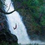意識高い系20代日本人男性、コスタリカの滝壺にダイブし死亡