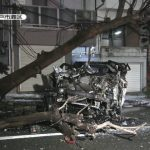 【画像】ベンツが電柱に激突した結果wwwwwww