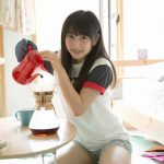 【画像】桜井日奈子が新しく出したフォトブックでムッチムチの太もも曝け出してて草wwwww