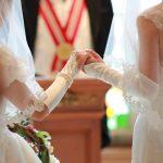 【画像】美女二人でディズニー結婚!永遠の愛を誓う・・・美女は何しても似合うので許された