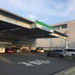 【画像】東京人にはこういうコンビニが衝撃的らしいwwwww