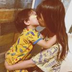 【画像】スザンヌと息子のがっつりキス写真がエロすぎると話題に