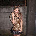 【画像】ハロウィンで痴漢されたJKモデルの服装wwwww