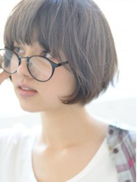 【画像】陰キャワイ、メガネでボブカットの女の子が好きすぎる
