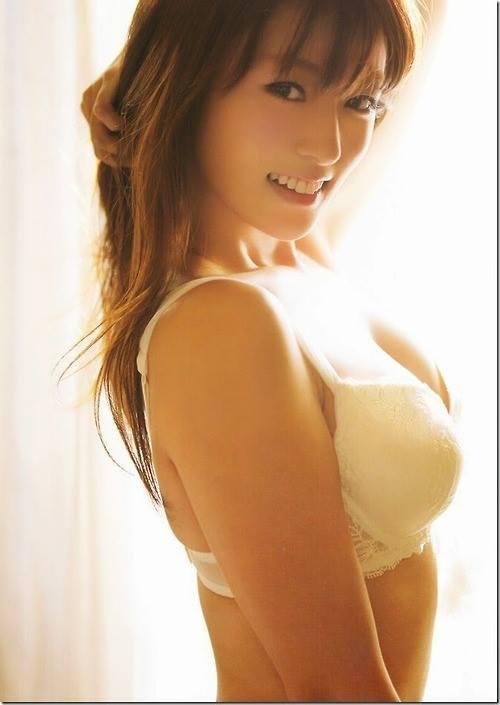 「深田恭子とキスできるならいくらまで出せる?」世の男性に聞いた結果wwwww