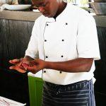 【画像】黒人が握った寿司wwwwww
