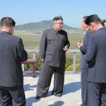 【画像】金正恩さん、ドカンを履く