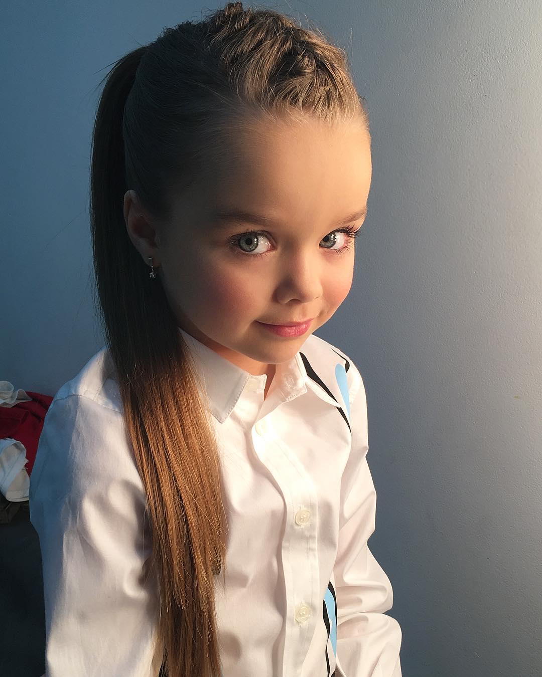 【画像】インスタフォロワー56万人を突破した6歳の美少女、マジで天使みたい