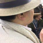 【画像】ヤニカス、電車内で葉巻を吸ってブチギレwwww