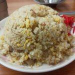 【画像】中国人の中華料理屋「これが500円の炒飯だョ。たくさん食べてネ~」