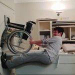 男性、MRIの磁力に引き寄せられ死亡