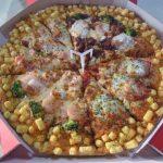 【画像】このピザ30分で一人で食べたら無料!やりますか!?