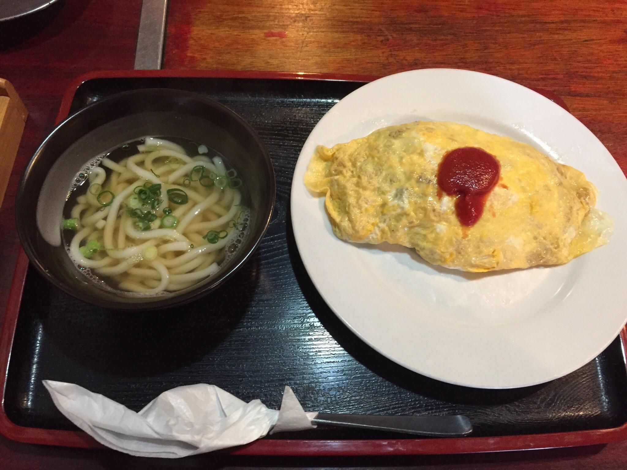 【画像】このオムライス定食750円www