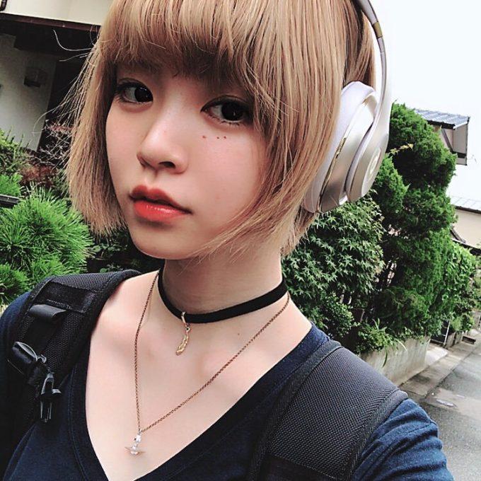 【画像】こういう髪型、化粧してる女の子のメンヘラ率www